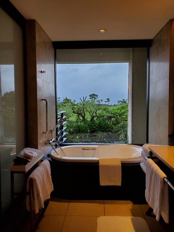 沖縄リッツカールトンのバスルーム