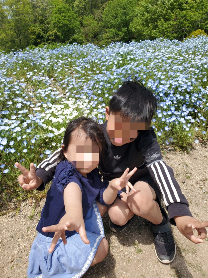 植物公園の花と子供達