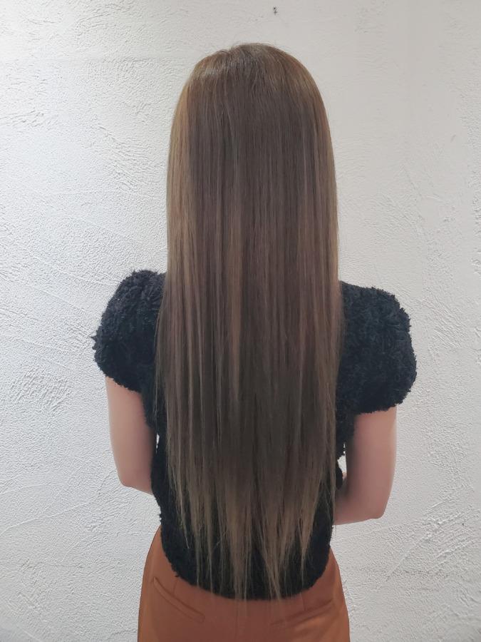 縮毛矯正をした髪の毛